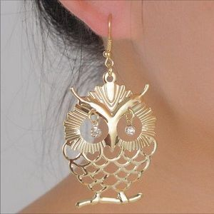 Vintage Gold Owl Dangle Drop Earrings